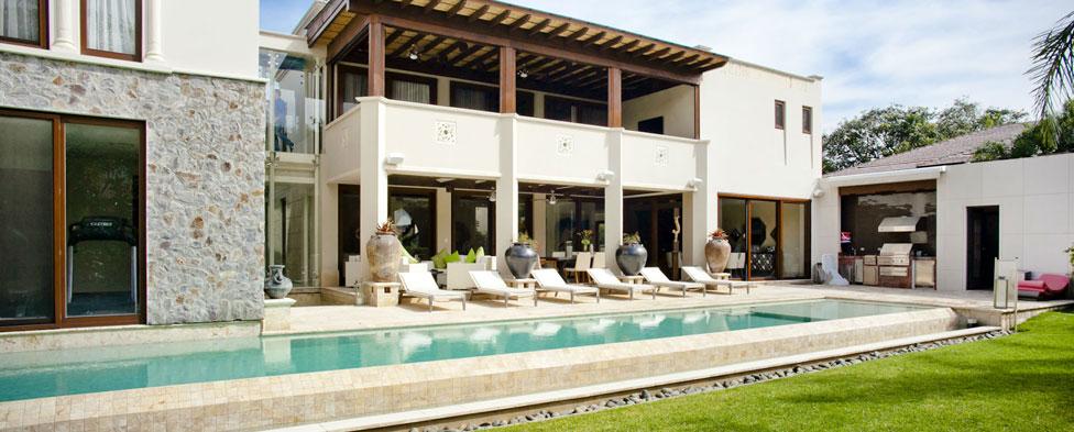 La Hacienda Santa Ana